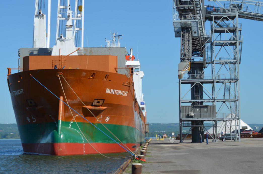 Ag Port