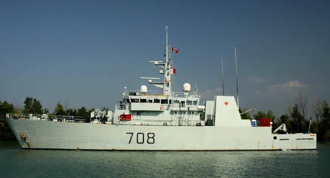 HMCS Moncton Visiting Hamilton Harbour
