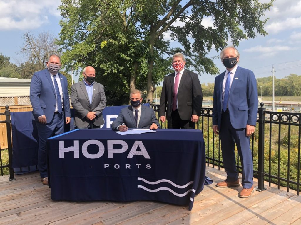 HOPA Ports, Niagara Municipalities sign MOU to pursue surplus Canal lands